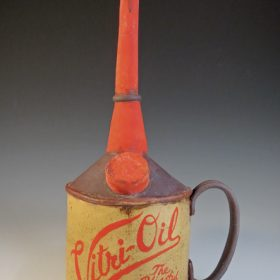 Vitri-Oil Tea Can