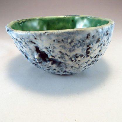 ceramic henpecked bowl