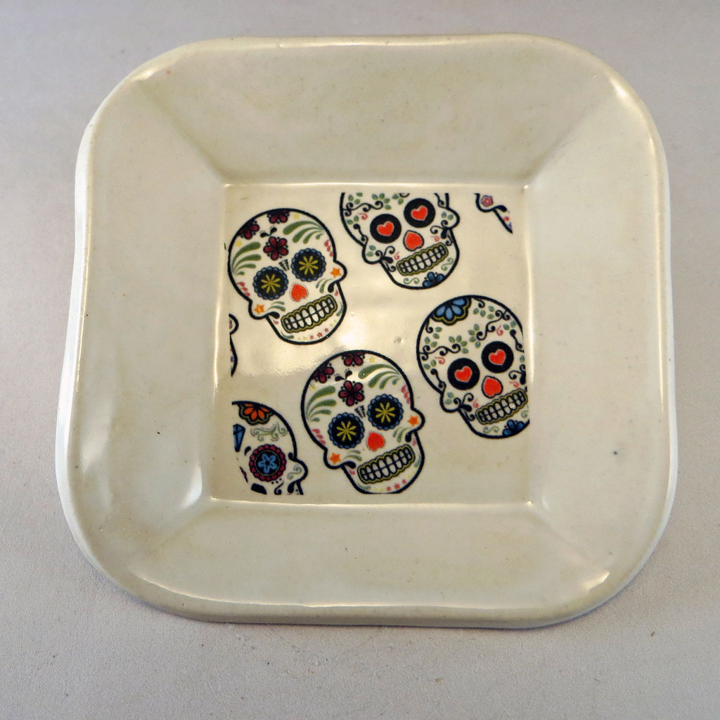 White small dish with sugar skull decal top
